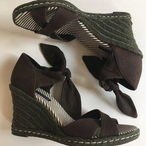 Tommy Hilfiger Brown Wedge Espadrilles, Size 8.5